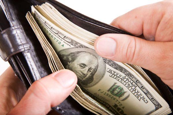 Không Tiêu Tiền Trước Khi Nắm Chắc Nó Trong Tay